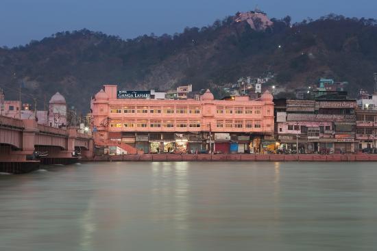 Ganga Lahari: Property overview