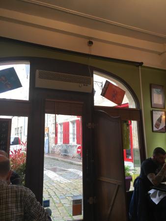 le louis xi bourges restaurant reviews phone number photos tripadvisor. Black Bedroom Furniture Sets. Home Design Ideas