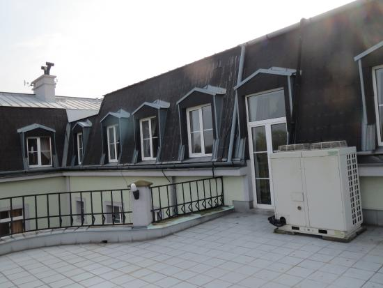 Hotel AGATKA: You may spend some time on the veranda when it is warm