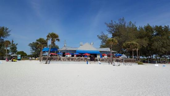enjoy eats & drinks at coquina cafe - picture of beach market at