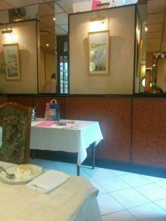Olivet, Fransa: La laurendiere salle privée