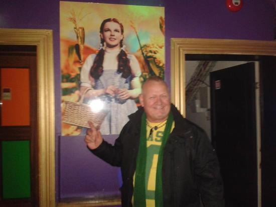 Kiki Queer Bar: I came across Dorothy at Kiki Bar, Reykjavik