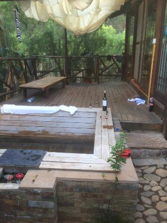 Putuoquan Hot Spring Holiday Resort