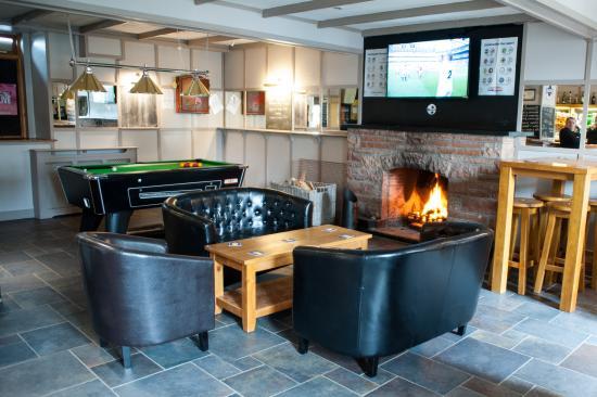 Earlston, UK: Bar