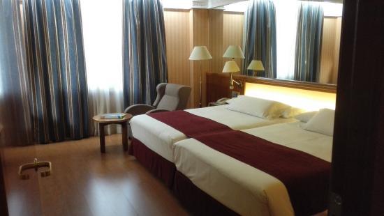 Gran habitación y pequeño salón