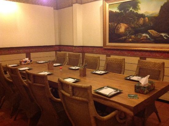 Ruang Vip C Picture Of Restoran Raja Sunda Bandung Bandung