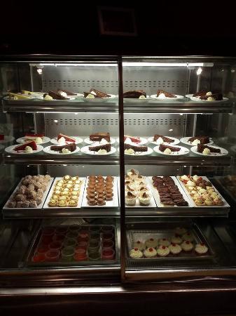 yet more yummy things picture of the chinese buffet wrexham rh tripadvisor com