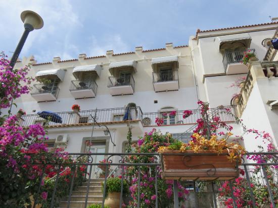 Bel Soggiorno Hotel - Picture of Bel Soggiorno Hotel, Taormina ...