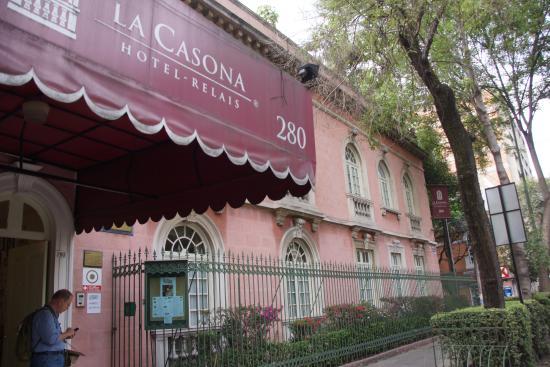 Hotel La Casona: Exterior of La Casona
