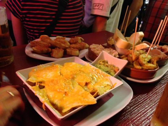 Patagonia Beef & Wine: Fine tapas....venlig betjening ..et rigtig sjovt og hyggeligt sted 🤗