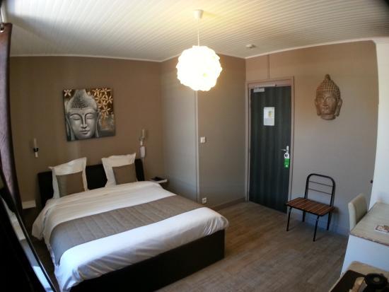Chambre zen - Photo de Hôtel Beausoleil, Montélimar - TripAdvisor