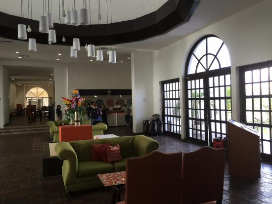 All Ritmo Cancun Resort & Waterpark : Lobby