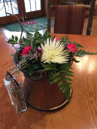 table centerpiece picture of the keeter center dining point rh tripadvisor ie