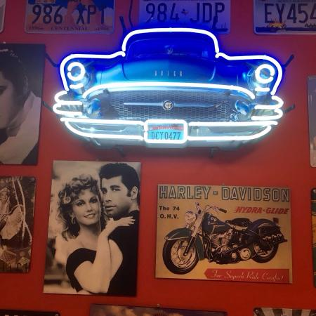 Arnold American Diner