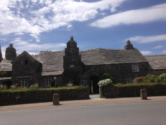 Pendoggett, UK: The old Post Office,Tintagel,on the North coast explorer tour.