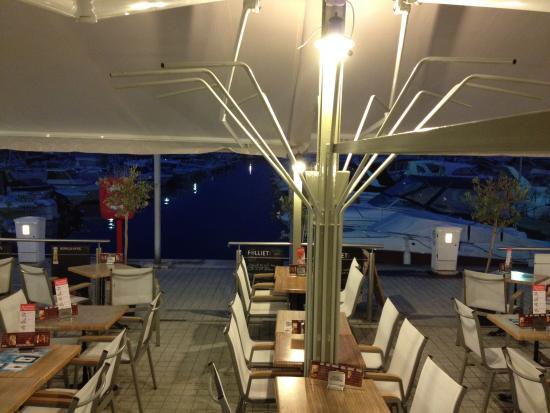 Olive Restaurant Grec : .