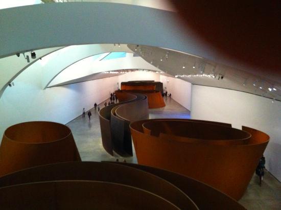 L\'acier Corten de Richard Serra - Picture of Guggenheim Museum ...