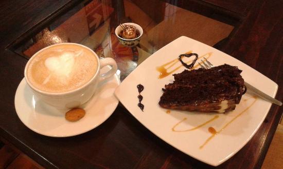 Entre Libros y Cafe