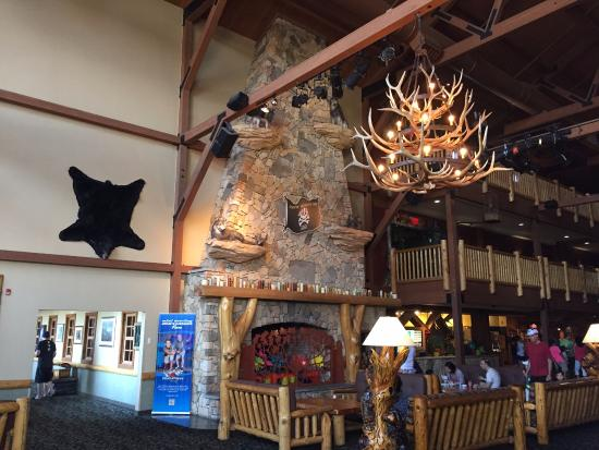 Search for the cheapest hotel deal for Great Wolf Lodge Niagara Falls in Niagara Falls. KAYAK searches hundreds of travel sites to help you find and book the hotel deal at Great Wolf Lodge Niagara Falls that suits you best. Latest prices for hotel starting at $ per night (Save up to 25%)/10(K).