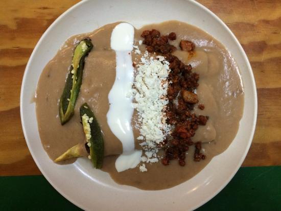 Yug: Enchiladas Veracruzana