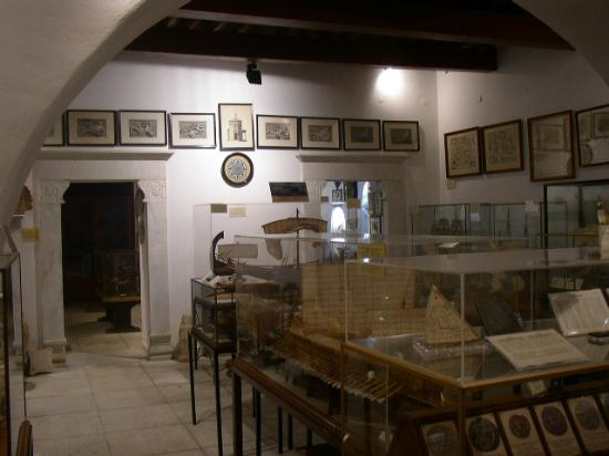 Nautical Museum of Mykonos - Aegean Maritime Museum ...