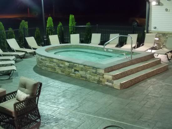 Fairway Suites at Peek n Peak: Hot Tub