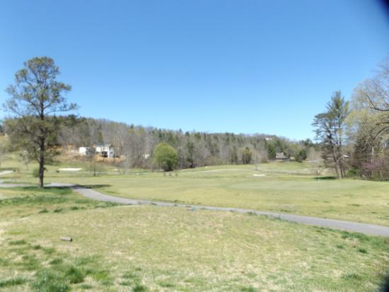 Townsend, TN: Laurel Valley Golf Course Sunday April 3,2016