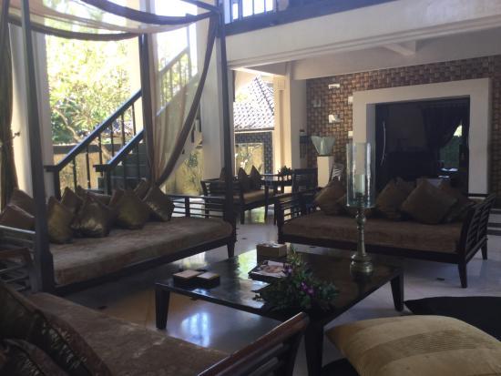 Ketewel, Indonesia: De comfortabele woon kamer