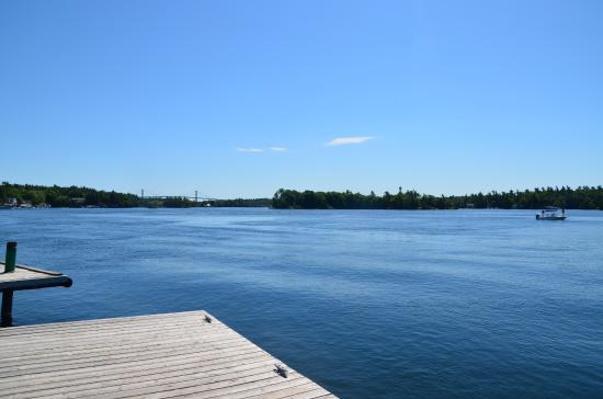 Gananoque, Canada: View from Jetty