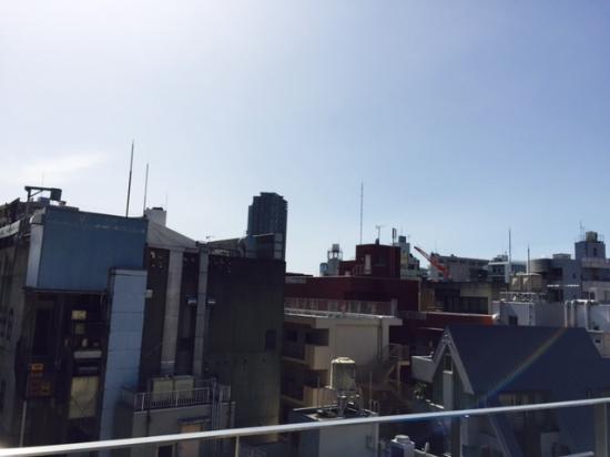 レインボー・ローフード, バルコニーからの眺めは見晴よし