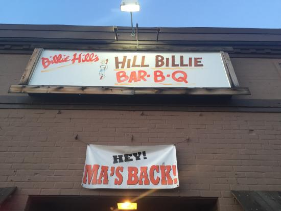 This place was out of bounds! Cute, tacky, hillbilly charm. Great food, great atmosphere, & hosp
