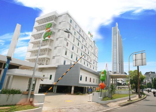 POP! Hotel Kemang Jakarta : Hotel Building