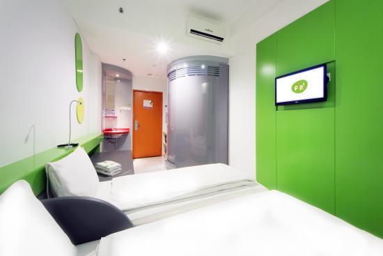 guest room picture of pop hotel kemang jakarta jakarta tripadvisor rh tripadvisor com sg