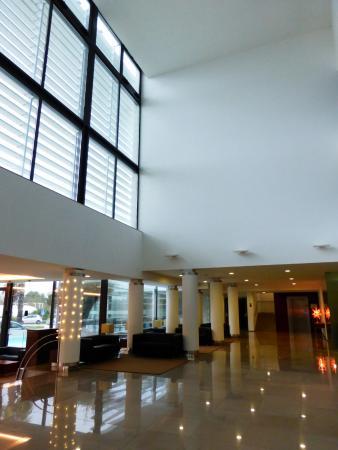 이나텔 세르베이라 호텔