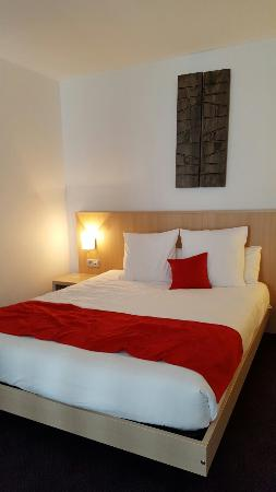 espace bureau t l picture of quality suites nantes beaujoire rh en tripadvisor com hk