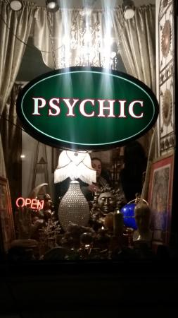 Sarah M. Marie Psychic Reading