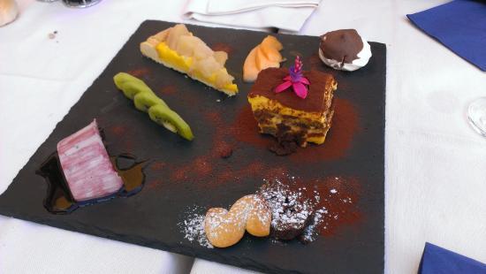 Trattoria Ai Vetrai : Assiette de multi dessert