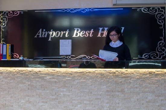 Airport Best Hotel: reception
