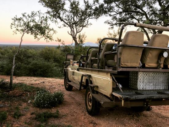 Naledi Bushcamp and Enkoveni Camp: Stop in the bush to eat some snacks while watching the sunset