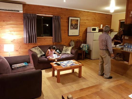 Belford Cabins: 20160415_182959_large.jpg