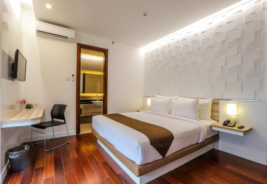 room at hotel alimar malang pasar besar picture of the alimar rh tripadvisor ie