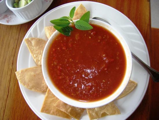 Las Lajas, Panama: Sopa Azteka - eine pikante Tomatensuppe mit Tortillas. Sehr lecker!