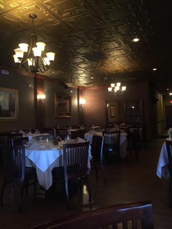 Califon, نيو جيرسي: Brasserie 513