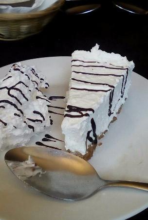 Levi's Showboat : Cheese cake