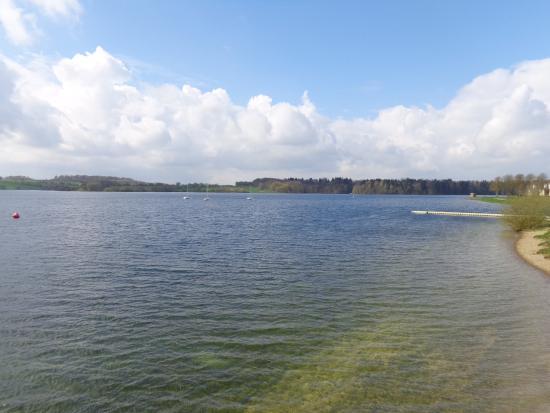 Ciel merveilleux foto van the eau d 39 heure lakes for Meuble de l eau d heure