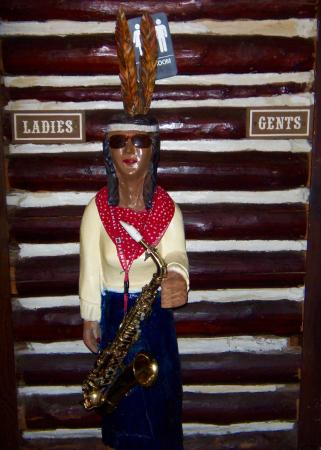 Waite Park, MN: Restroom greeter and guide