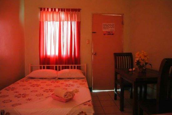 Villa Milagros Alaminos City Filippinerna Omd Men