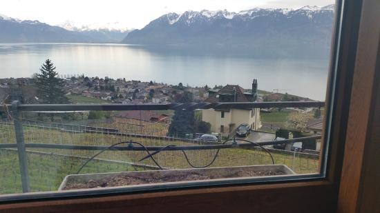 Grandvaux, Suiza: le vue depuis notre table