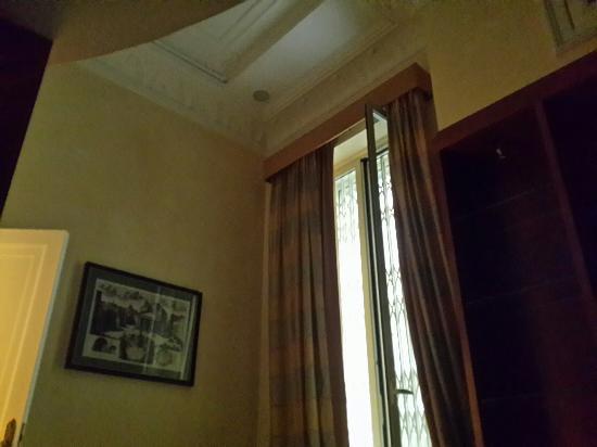 Hotel Opera Roma: 20160414_105549_large.jpg