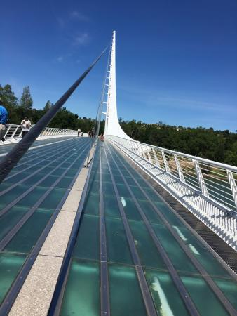 Sundial Bridge: photo1.jpg